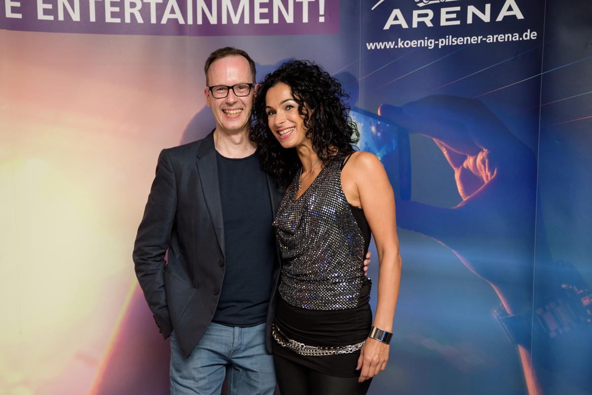 DJ René Pera und Angela Puxi (PuxiPera) in der König Pilsener Arena/Oberhausen